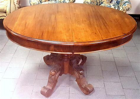 tavolo ovale allungabile antico vendiarte antico tavolo ovale in noce allungabile epoca