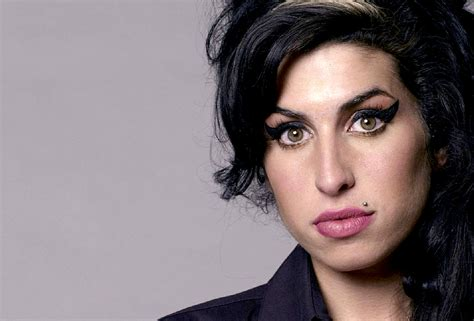 Amy Winehouse - Live At Hove Festival, 2007 - Nights At ...
