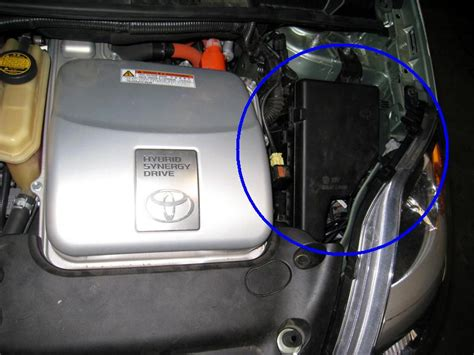 I Need Pictures Of Jump Points For Battery In Trunk Of Car
