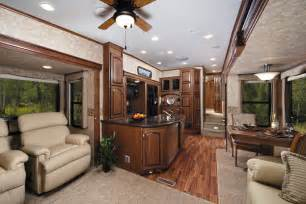 Rushmore Luxury 5th Wheel Campers