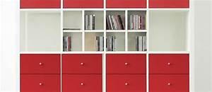 Kallax Schublade Innenmaße : wei es kallax regal von ikea mit roten blenden und cd eins tzen von new swedish design kallax ~ Markanthonyermac.com Haus und Dekorationen