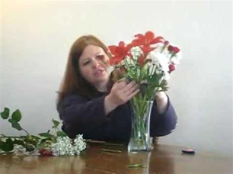 Flower Arranging Vases by How To Arrange Flowers In A Vase
