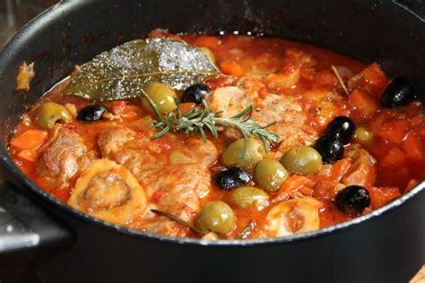 cuisiner tomates vertes jarret de veau aux olives vertes et noires