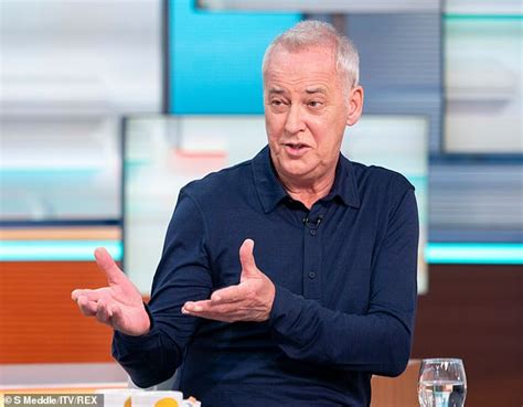 Michael Barrymore is 'lined up to appear on Dancing On Ice ...