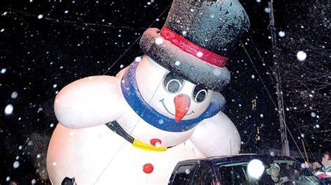 newcastle santa claus parade draws thousands