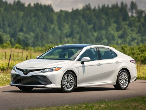 toyota camry specs details pricing