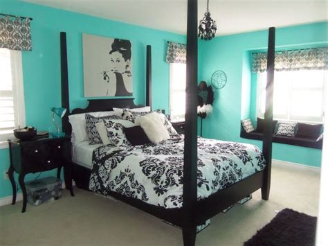 Black And Teal Bedroom Decorating Ideas