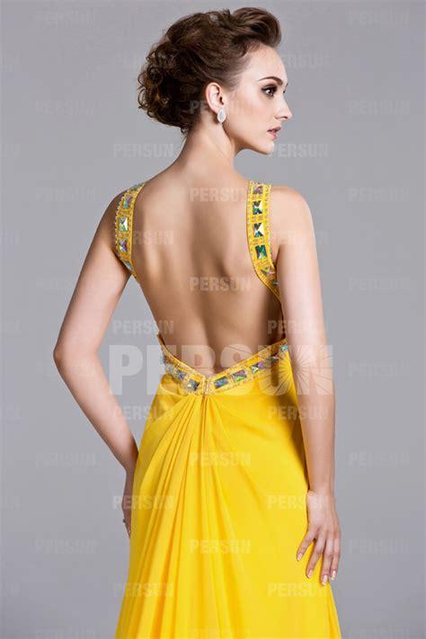 robe longue dos nu mariage robe longue jaune col halter dos nu embellie de strass 224