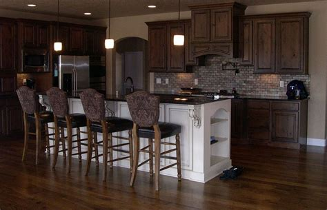 hardwood floors with dark cabinets hardwood floors ideas for rooms in the house homestylediary