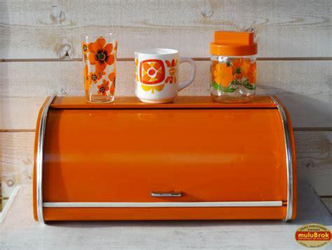 boite cuisine vintage objet vintage authentique boite à métallique orange 70 39 s sur mulubrok fr le