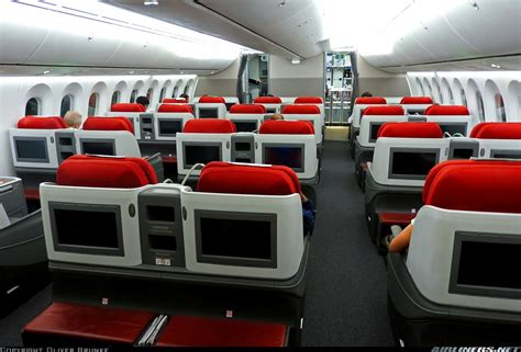 latam chile boeing   dreamliner business class cabin