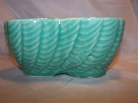 rrp  roseville pottery planter   usa