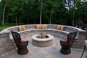 backyard-fire-pit-Patio-Traditional-with-bench-seating