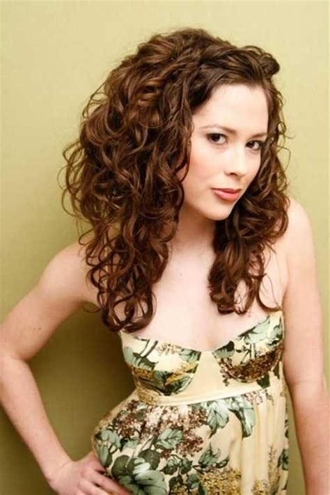 cute long curly hairstyles hairstyles haircuts