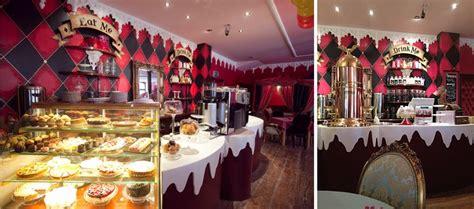 alice  wonderland themed restaurants   world