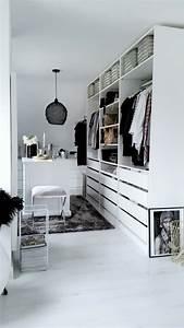 Günstiger Kleiderschrank Ikea : ikea pax kleiderschrank kombinationen inspirationen sara bow ~ Markanthonyermac.com Haus und Dekorationen