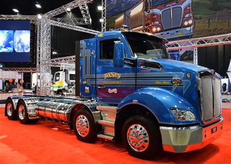 kenworth  twin steer big trucks heavy duty trucks