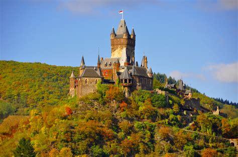 File:Reichsburg Cochem 0006a.jpg - Wikimedia Commons