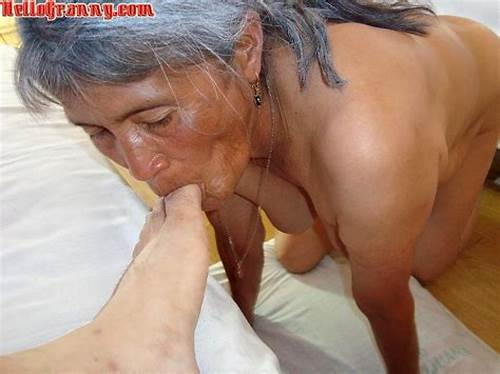 Deepthroat Toying Fine With Grey Haired #Gray