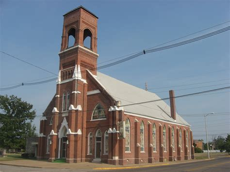 File:Liberty Missionary Baptist Church in Evansville ...