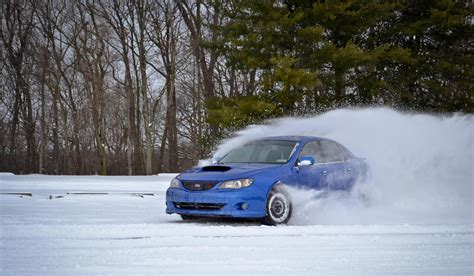 subaru snow subaru 39 s snow drifting on homemade track youtube