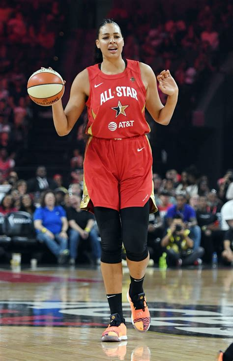 Chris paul, liz cambage, brooks koepka and nfl stars such as myles garrett and the eagles but loving liz cambage is about deciding all this maintenance is probably worth it if it helps her be her. Liz Cambage - Liz Cambage Photos - WNBA All-Star Game 2019 ...