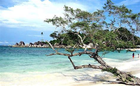 beautiful beaches  sumatra