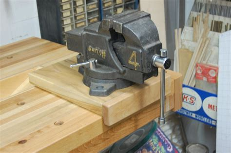 Machinist Vise For Woodworking Workbench  By Tyvekboy