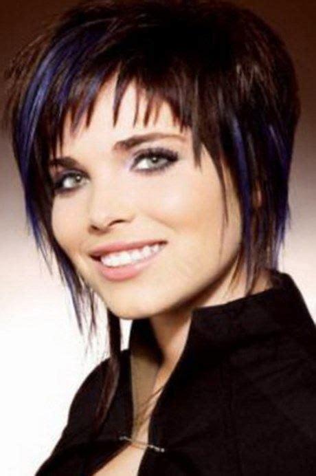 coupe courte femme sur cheveux epais