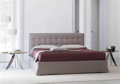 Pouf Letto Ghisallo Berto Salotti : Marais Quilted Headboard Bed