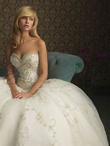 Ball gown wedding dresses with sweetheart necklinecherry for Sweetheart neckline ball gown wedding dress