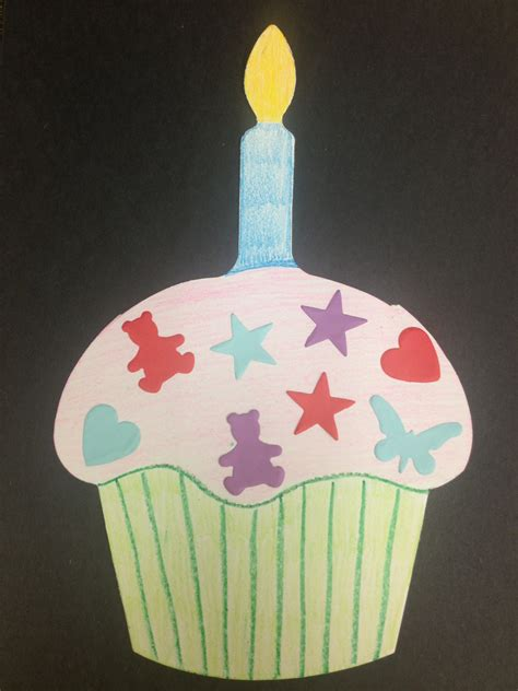 crafts narrating tales of preschool storytime page 2 824 | birthday cupcake craft e1348094020308