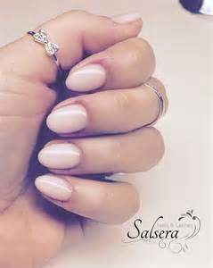 schlichte verlobungsringe nails nägel nageldesign rund kurz schlicht salsera nails lashes frankfurt am nägel