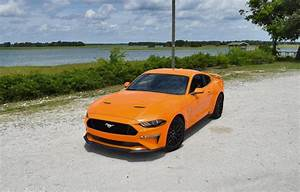 2018 Ford Mustang GT 5.0 6MT Performance Pack Orange 32