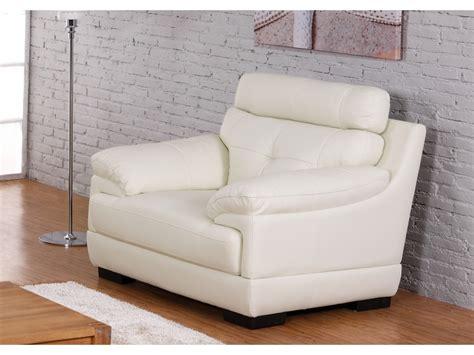 canapé cuir prune fauteuils selection de fauteuils à prix discount