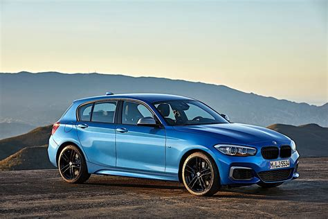 The same holds true for its superior interior, defined as open and modern. BMW 1 Series (F20) LCI specs & photos - 2017, 2018, 2019 ...