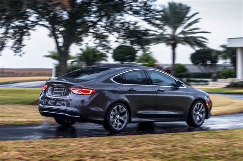 2016 chrysler 200c review