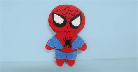 review  marvel universe felt character crafting kit