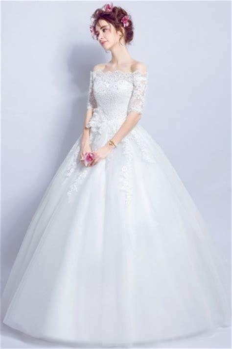 robe mariee  princesse epaule decouverte avec manches