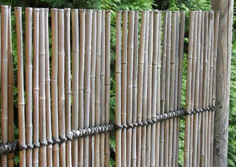 Sichtschutz Fuer Die Terrasse Aus Bambus Oder Aus Kunststoff by Terrassentrennw 228 Nde Material Und Stil