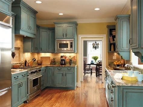 distressed blue kitchen cabinets tabulous design tabulous turquoise 6781