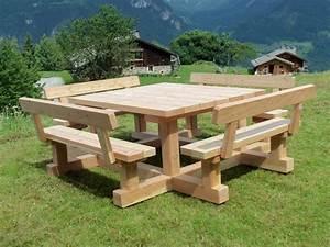 Table Exterieur En Bois : table banc bisanne mobilier d 39 ext rieur en m l ze ~ Teatrodelosmanantiales.com Idées de Décoration