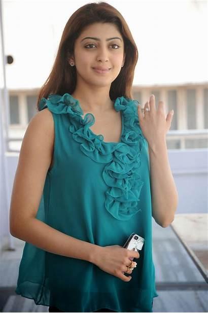 Pranitha Praneetha Actress Attarintiki Daredi Interview Hdwallpapers