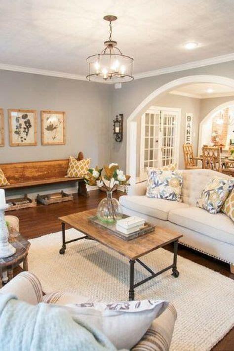 Best 25  Fixer upper living room ideas on Pinterest