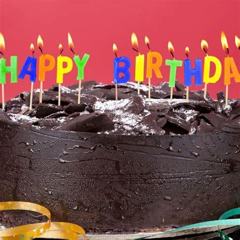 patissier et cuisine recette gâteau d anniversaire mickey au chocolat