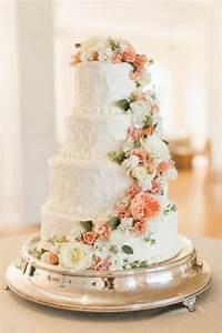 gateau de mariage avec fleurs atlubcom With affiche chambre bébé avec fleur pour gateau mariage