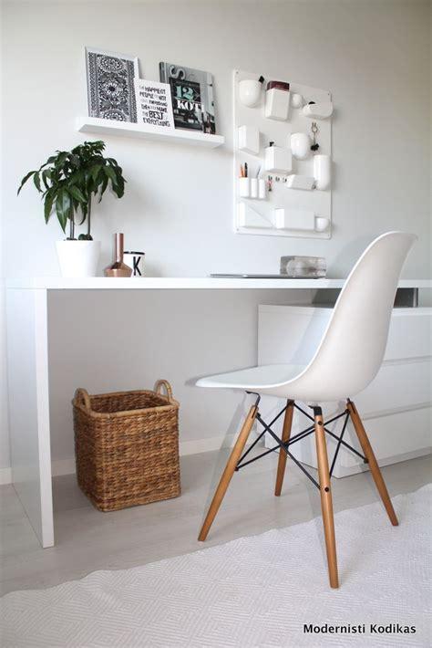 ideas  workspace desk  pinterest desk