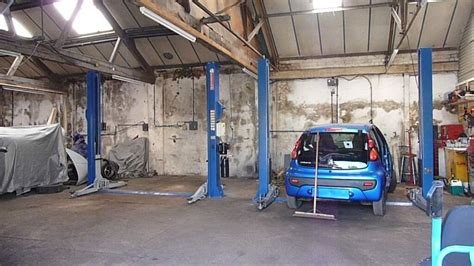 Garage Units For Rent by Garage Workshop Car Space Or R To Hire In Halesowen