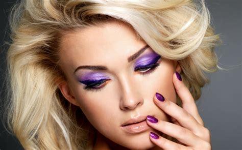 Schminktipps Fur Augen In Trendiger Violett Farbe