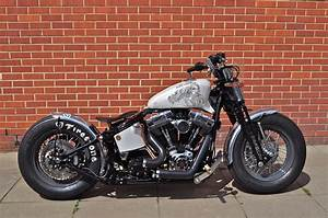 Bobber Harley Davidson : cachinero bobber custom harley davidson charliestockwell ~ Medecine-chirurgie-esthetiques.com Avis de Voitures